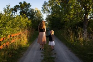 Positive Parenting : 10 ways to improve parenting skills
